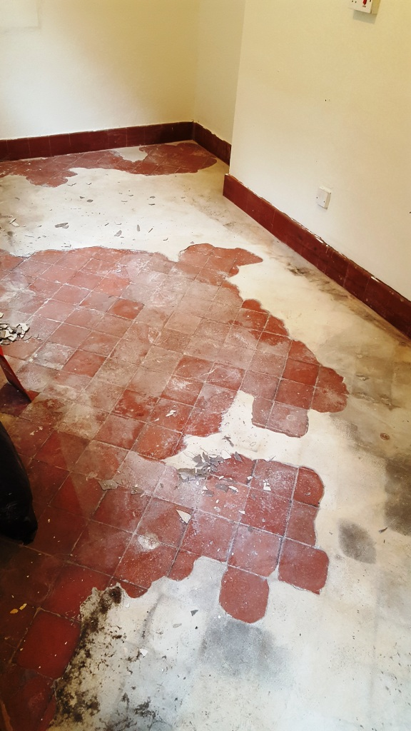 Restoration Of A Quarry Tiled Floor Ruined With Cement In