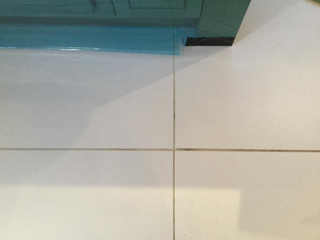 Cleaning And Grout Re Colouring For Porcelain Kitchen