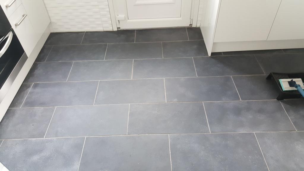 Black Slate Kitchen Tiles Rejuvenated in Paisley | Tile ...